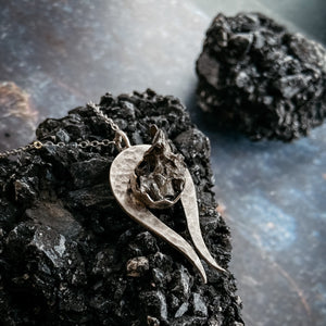 Comet shaped necklace set with authentic campo del cielo meteorite - Shooting star necklace by Yugen Tribe