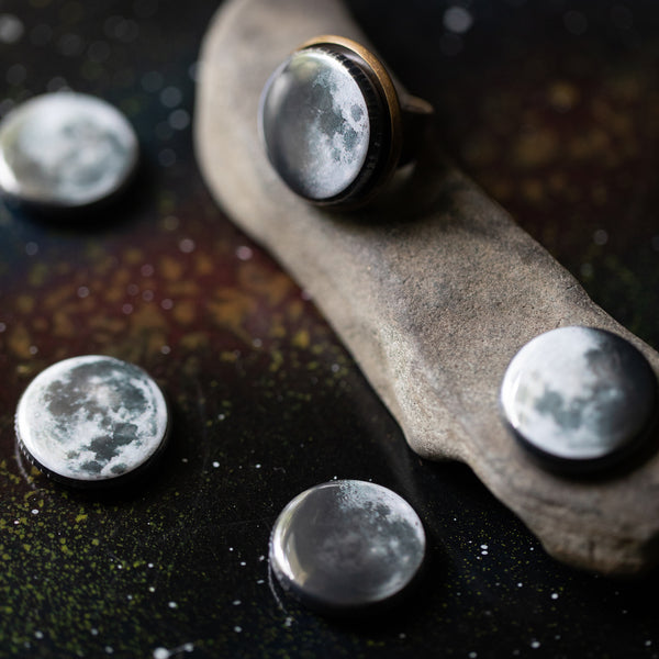 Interchangeable Moon Phase Ring