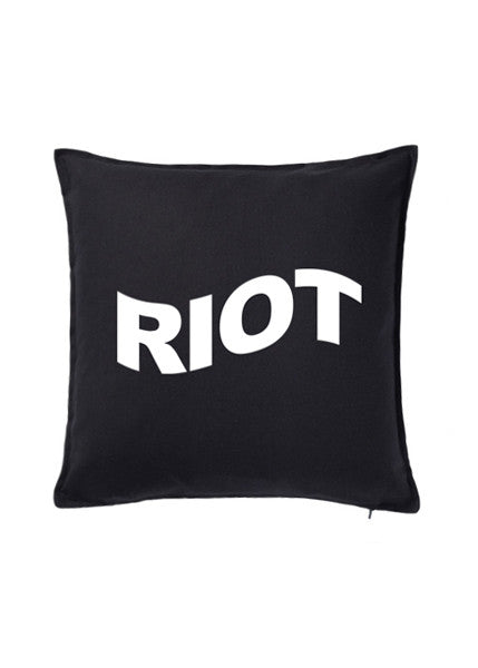 RIOT CUSHION — BLK