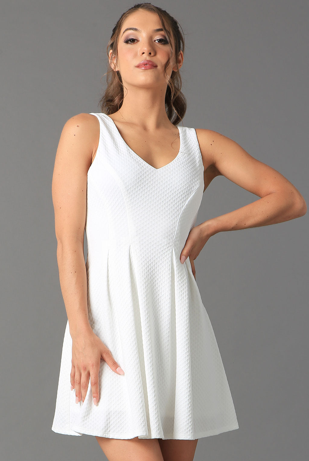 Teeze Me | Sleeveless V-Neck Textured Dress | Off-White - Teeze Me