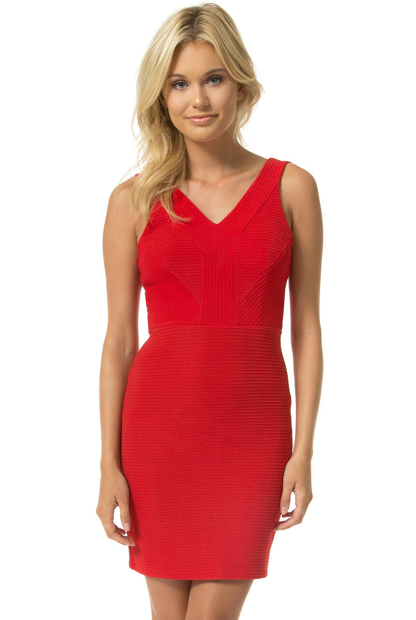 Teeze Me | Sleeveless V Neck Texture Jacquard BodyCon Dress | Red