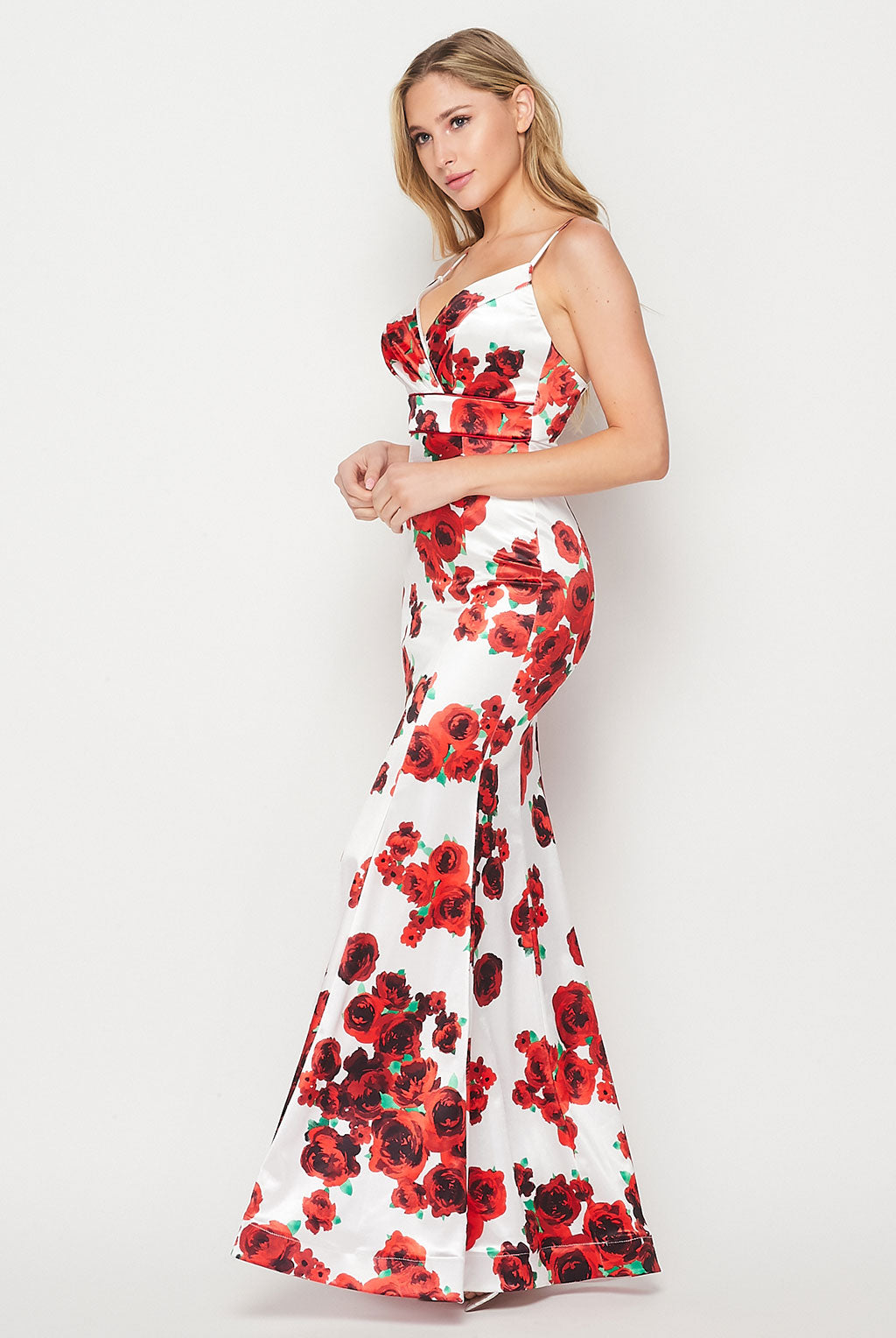 Teeze Me | Spaghetti Strap Printed Long Dress | White/Red