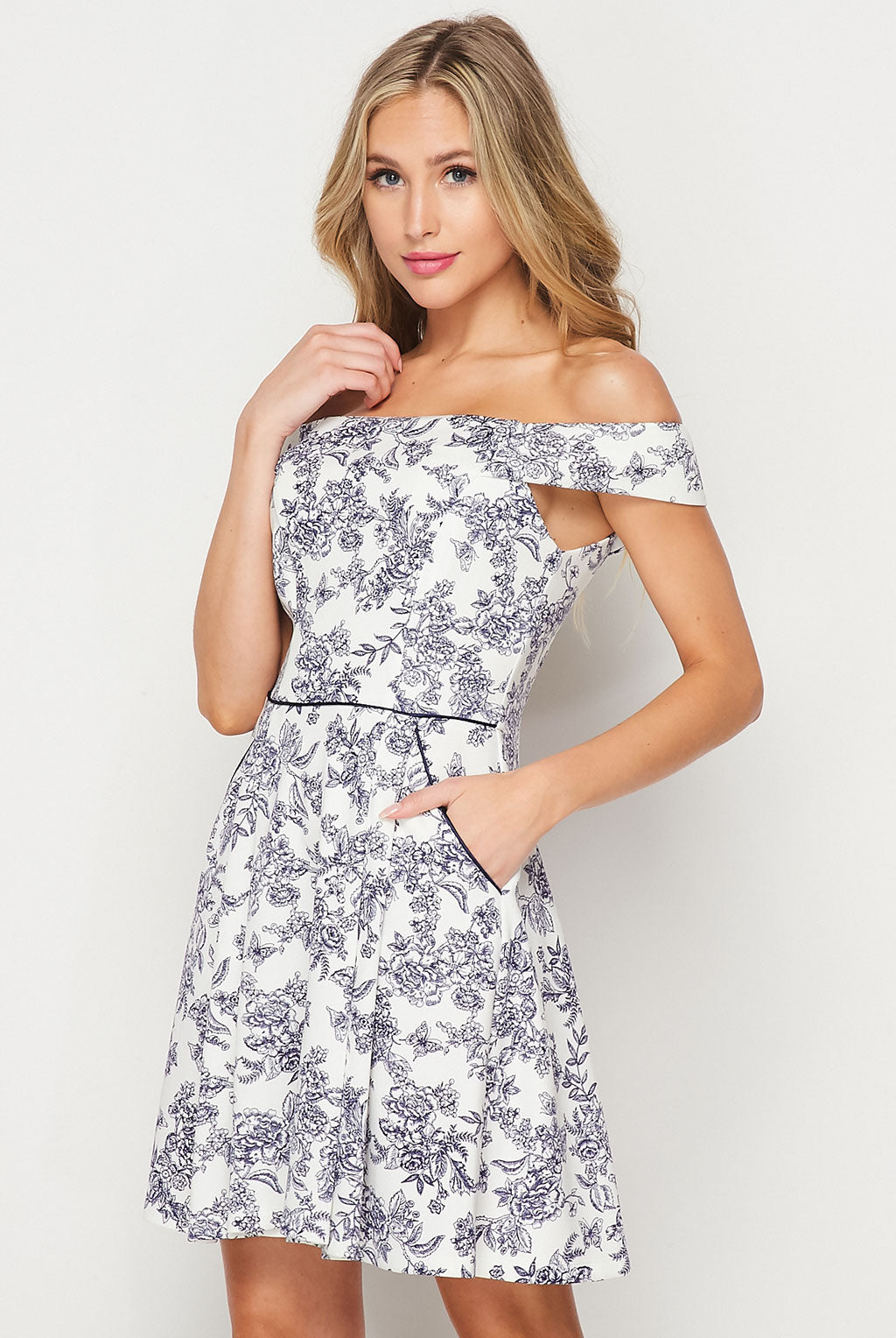 Teeze Me | Off Shoulder Printed W/ Pockets Short Dress | Navy/Ivory