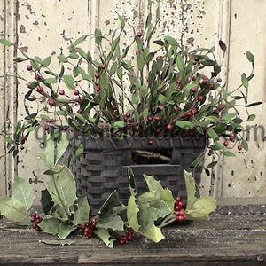 FL-019 Green Holly and Berry Basket
