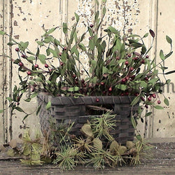 FL-020 Berry Basket with pine