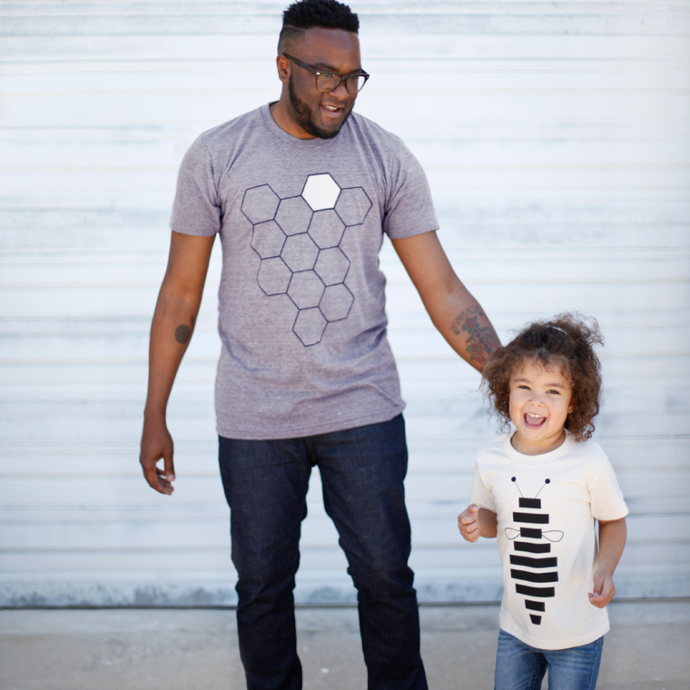 Hive & Honey Bee - Father & Child Matching T-Shirt Gift for Dad and Baby - Gray