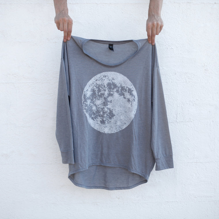 The Moon - Lightweight Loose Fitting Dolman Sleeve Top - Graphite Gray