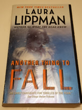 Load image into Gallery viewer, BOOK - Used - Another Thing to Fall: A Tess Monaghan Novel Book 10 of 12 by Laura Lippman - Cositas Prácticas