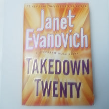 Load image into Gallery viewer, Book - Used - Takedown Twenty by Janet Evanovich's - Cositas Prácticas