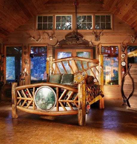 Rustic Queen-sized Bed w/Handpainted Scenic Native Painting