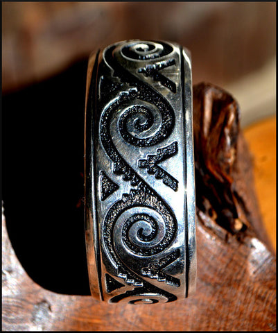 Navajo - Thomas Singer - Sterling Silver Cuff