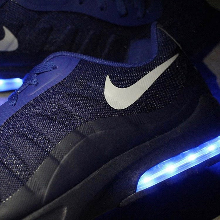 2b86bd7d34 NAVY BLUE NIKE AIR MAX INVIGOR WITH LIGHTS