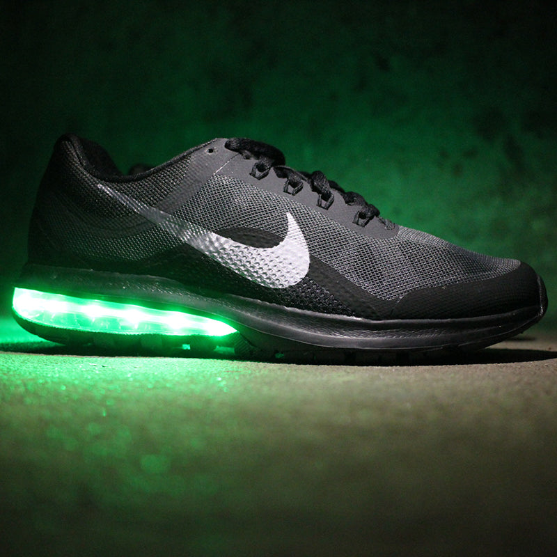 BLACK NIKE AIR MAX DYNASTY 2 WITH LIGHTS