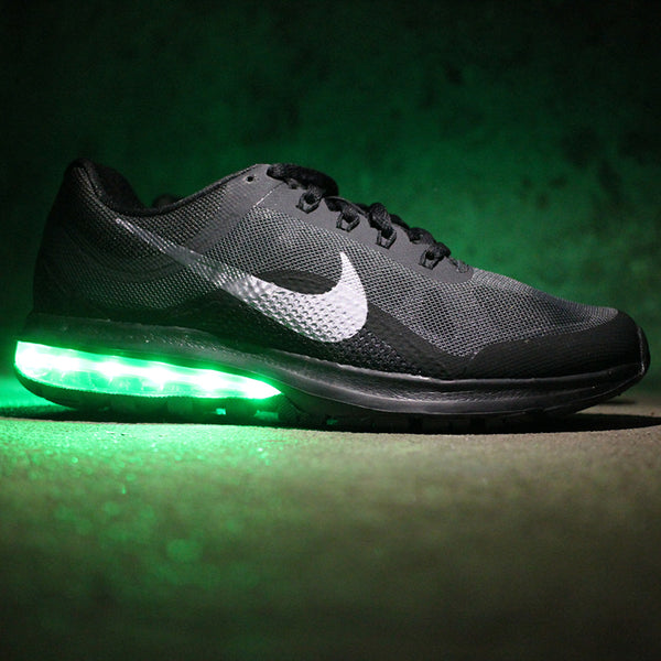 b226c0a5744b BLACK NIKE AIR MAX DYNASTY 2 WITH LIGHTS