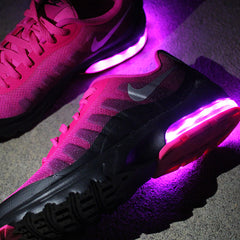 WOMEN'S PINK NIKE AIR MAX INVIGOR - Evolved Footwear