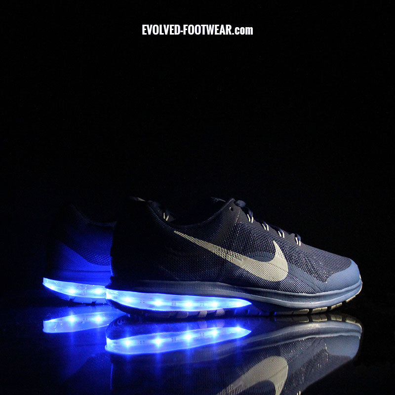 BLUE NIKE AIR MAX DYNASTY 2 WITH LIGHTS