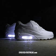 YOUTH TRIPLE WHITE NIKE AIR MAX 90 WITH LIGHTS - Evolved Footwear
