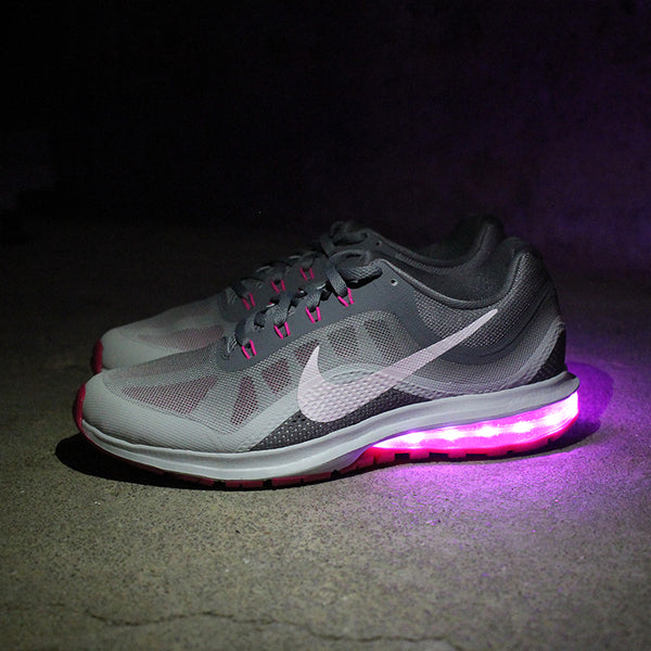 WOMEN'S PINK BERRY NIKE AIR MAX DYNASTY WITH LIGHTS
