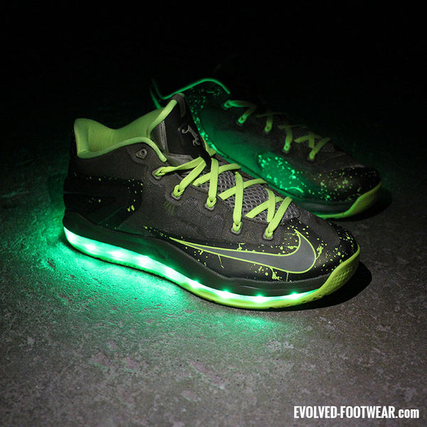 NIKE LEBRON XI MAX LOW DUNKMAN WITH GREEN LIGHTS