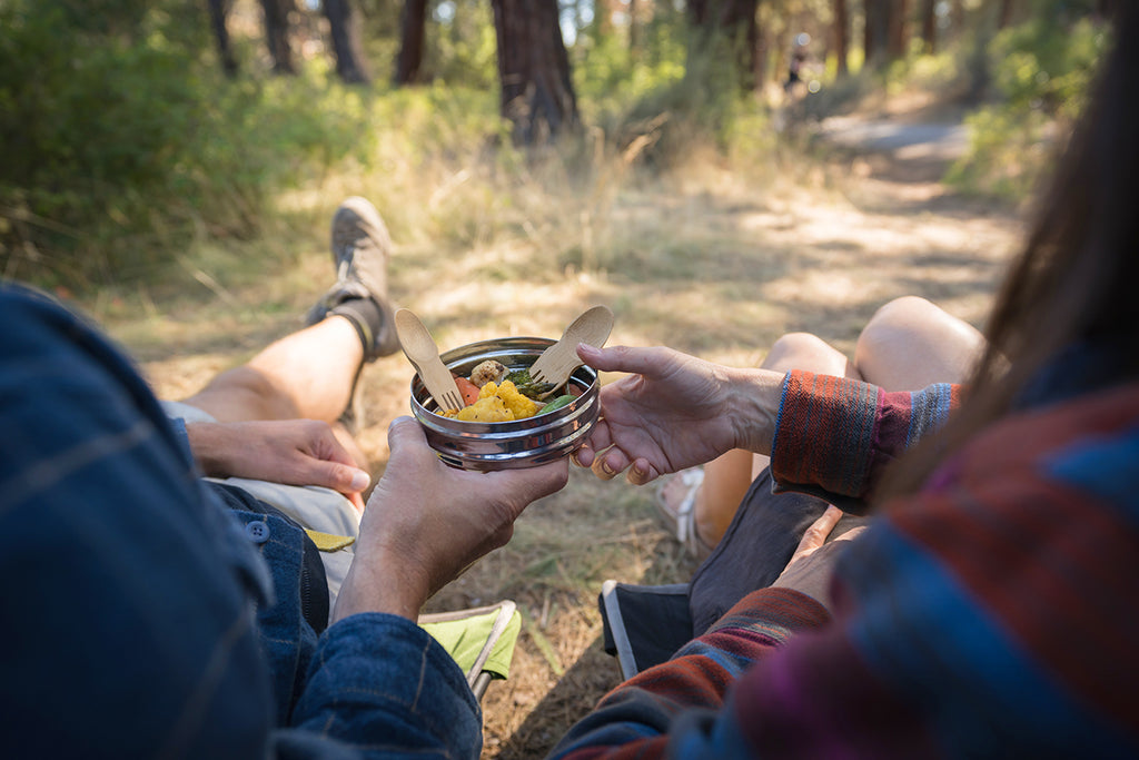 The Benefits of Being Outdoors & Eating Outside