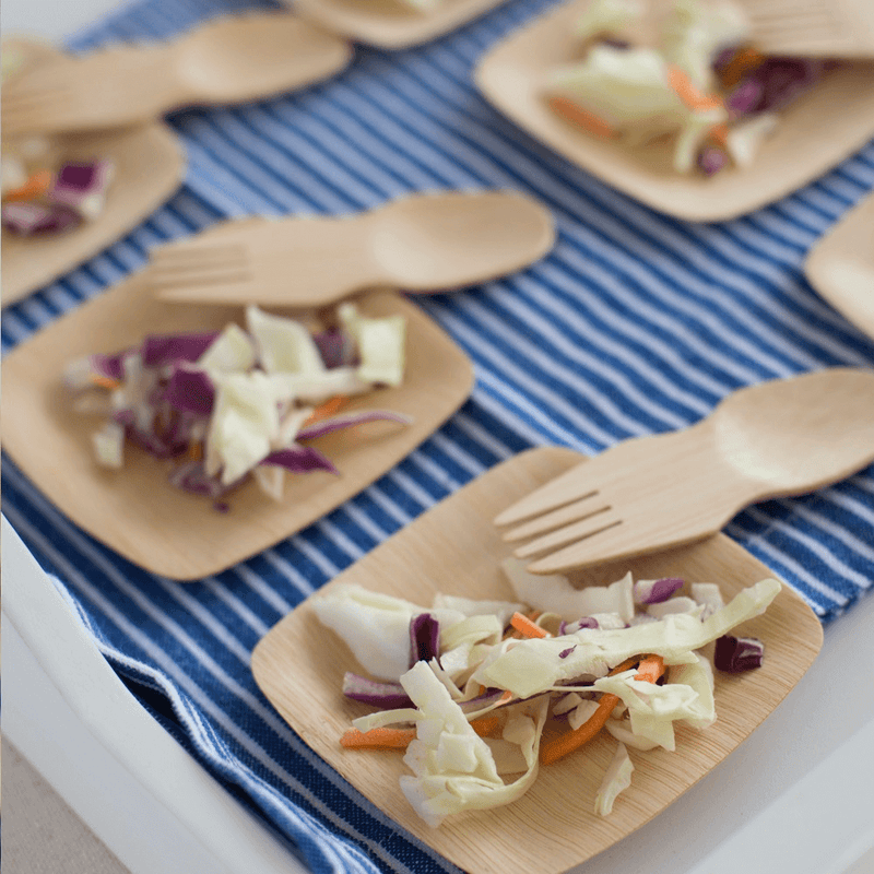Veneerware® Bamboo Sporks with slaw and tasting plates