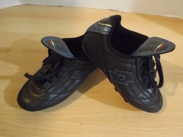 Soccer Shoes Cleats Child Size 2.5 Navy Lotto