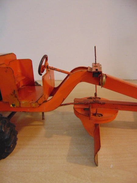 1950's Marx Lumar Pressed Steel Highway Road Grader Missing A Few Parts Needs TLC Still Works