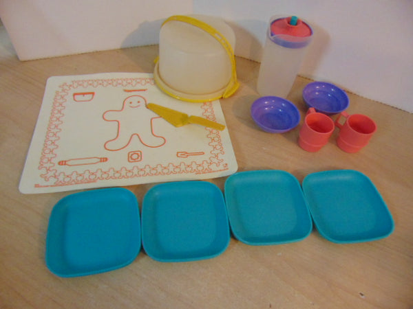 Tupperware Tuppertoys Vintage Tea and Dinner Set Pastel
