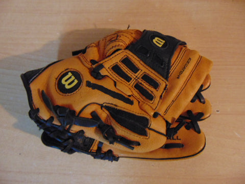 Baseball Glove Child Size 10.5 inch Wilson EZ Catch Brown Tan Leather Fits on Left Hand