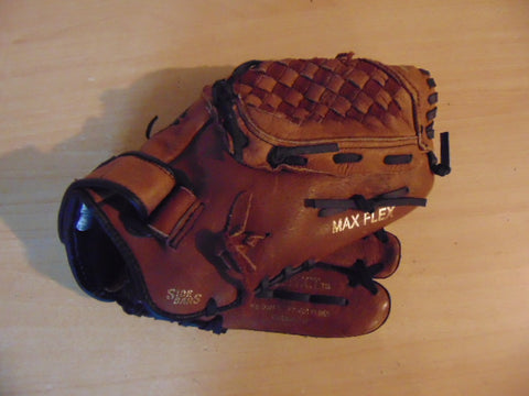 Baseball Glove Child Size 11.5 inch Nike Black Tan Leather Fits on Left Hand