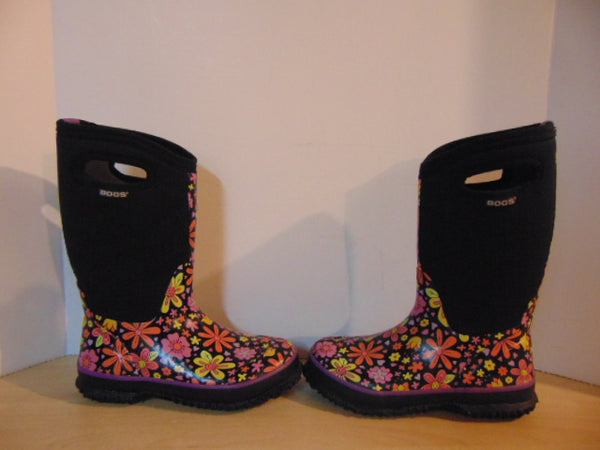 Bogs Brand Size 4 Pink Flowers Black Neoprene Rubber Rain Winter Snow Waterproof Boots