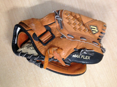 Baseball Glove Adult Size 11.5 inch Mizuno Max Flex Soft Brown Leather  Fits on Left Hand