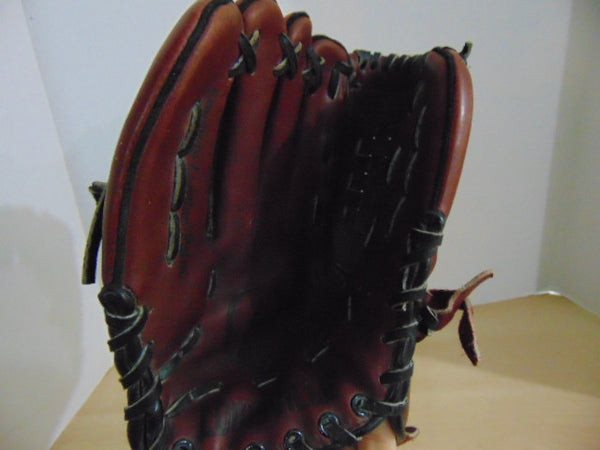 Baseball Glove Size 12 inch Adult Louisville Slugger Brown Leather Fits on RIGHT Hand