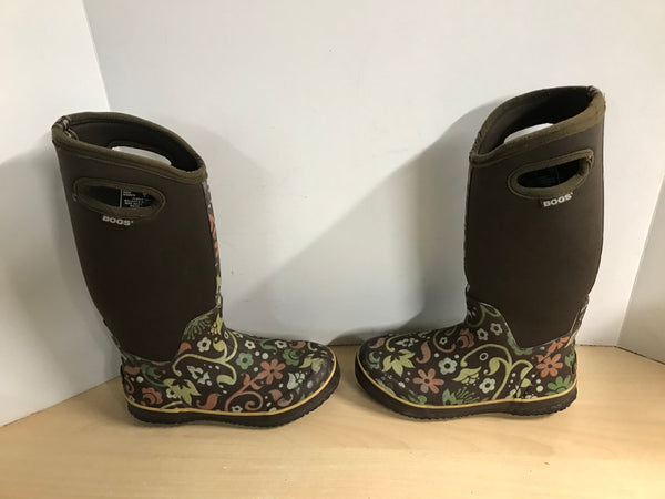 Bogs Brand Ladies Size 7 Winter Rain Boots Brown Floral Neorprene