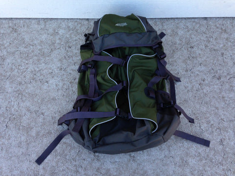 Camping Adventures MEC Adult Back Pack Trail Pack Sage Green Grey Excellent