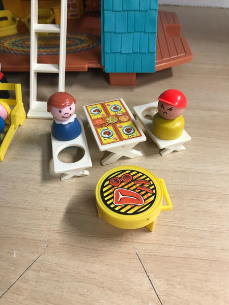 Fisher Price Vintage 1974 Little People 990 Play Family A Frame House Complete