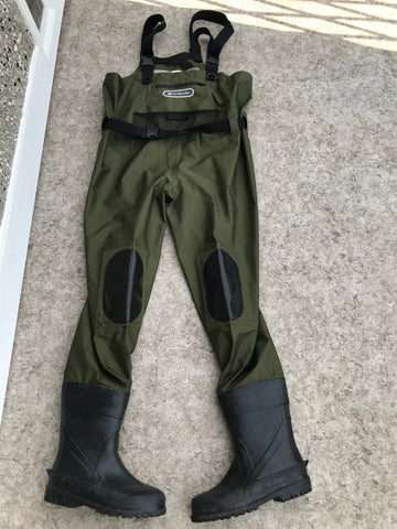 Fishing Adventures Outbound Chest Waders PVC Waterproof One Size Adjustable Men's Boot Size 9 Excellent As New