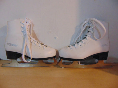 Figure Skates Child Size 1 Winnwell Minor Marks