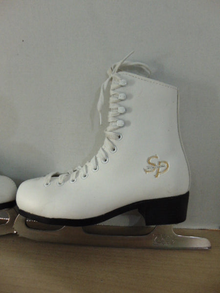 Figure Skates Child Size 3 CCM Jamie Sale