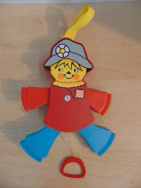Fisher Price Vintage 1978 Scarecrow Crib Pull Toy Excellent