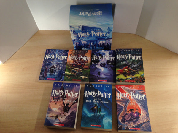 Harry Potter the Complete Series 1-7 J.K. Rowling Paperback Scholastic Excellent