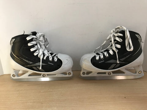 Hockey Goalie Skates Child Size 2.5 Shoe Size Reebok 12K