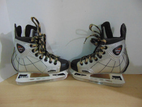Hockey Skates Child Size 12 Shoe Size CCM 2.0