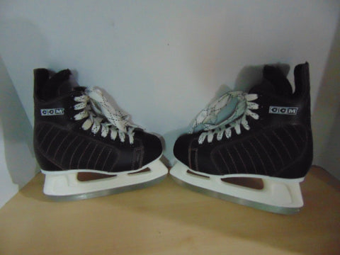 Hockey Skates Child Size 2 Shoe Size CCM Genuine