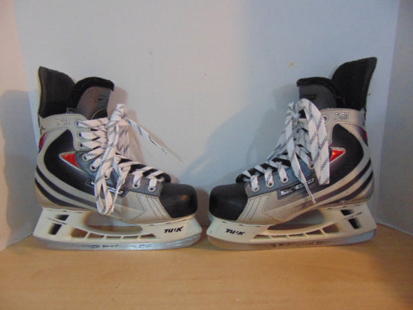 Hockey Skates Men's Size 6 Shoe Size Bauer Vapor Nike XII Minor Wear