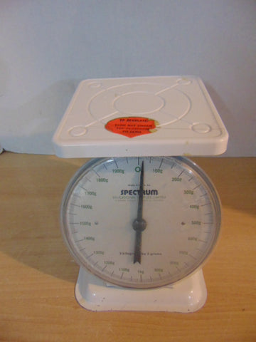 Kitchen Scale Metal and Plastic Great For Home or Farm Stand up to 2 kg