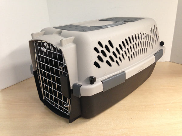 My Little Pet Shop Pet Crate Dog Cat Kennel Small Grey  Up To 15 Lb 20x11x13 inch