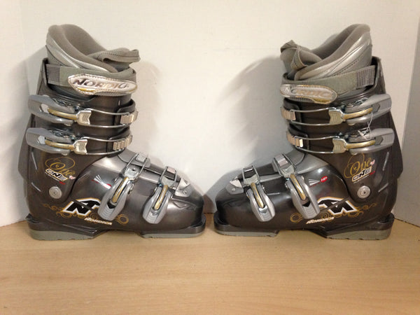 Ski Boots Mondo Size 24.5 Ladies Size 7.5 285 mm Nordica One Grey Excellent