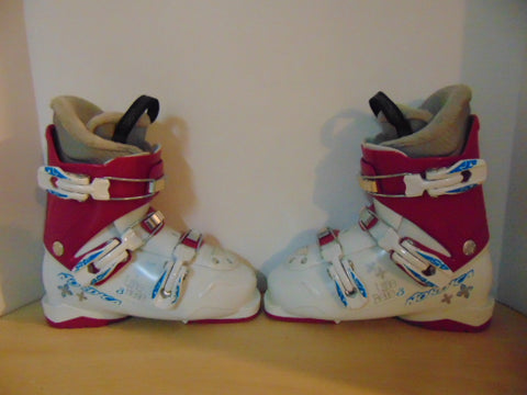 Ski Boots Mondo Size 22.0 Child size 5  275 mm Nordica Lil Bell White Raspberry Excellent
