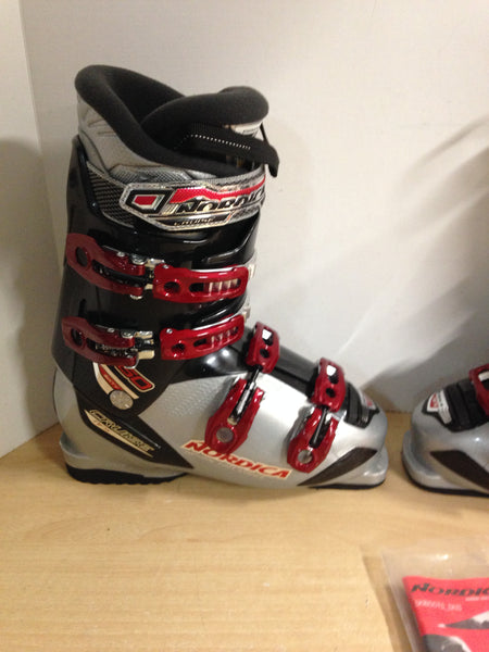Ski Boots Mondo Size 25.5 Men's Size 7.5 Ladies Size 8.5 Nordica Cruise 60 Black Grey Red New Demo Model